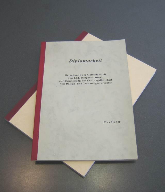 Softcover mit Titelbeschriftung