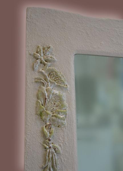 Rahmenverzierung - Blumenverzierung in Edelmetall