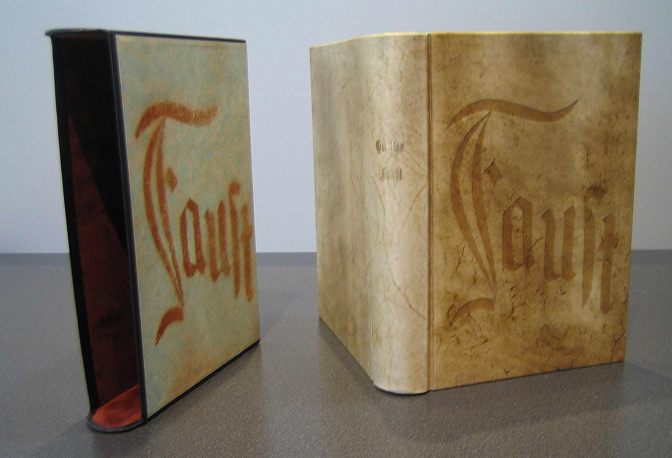 Pergamentband mit Schuber