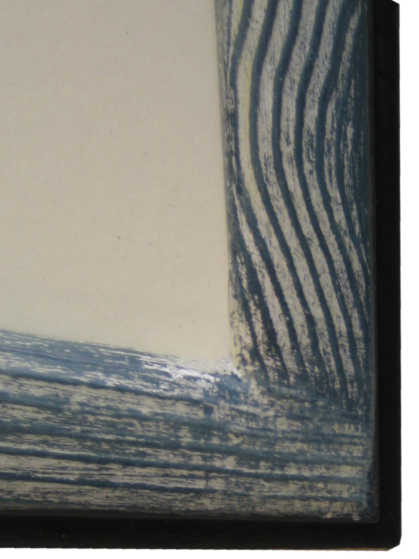 """Modellrahmen   """"Wave""""  Silber auf Blau unterlegt - Ausschnitt"""