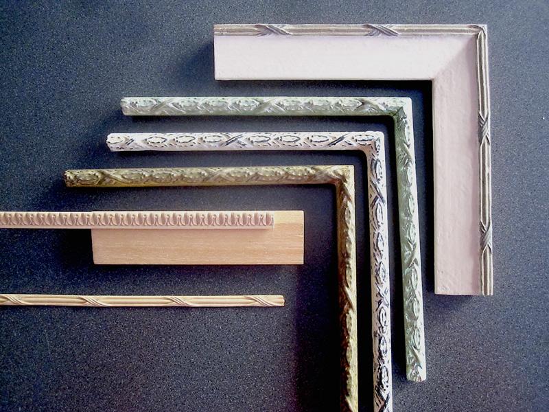 Bandverzierung aus Holz mit Musterwinkel