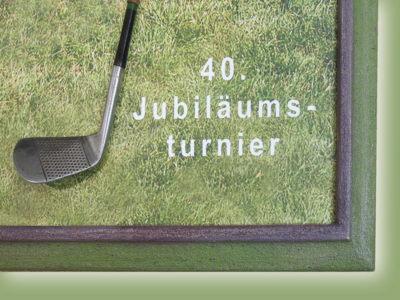 Gerahmter Golfschläger